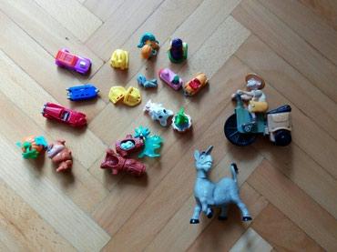 Kinder jaja igracke i dve igracke poklon - Nis