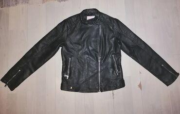 Zenska jakna - Srbija: Zenska jakna ocuvana bez ostecenja meterijal skajramena 35duz ispod