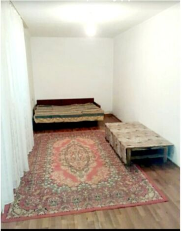 Сдается частный дом внутри 1 комната и прихожка. Для 2 человек в одном