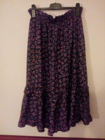 Suknja svilena sa karnerom, velicina L. ocuvana kao nova bez - Crvenka