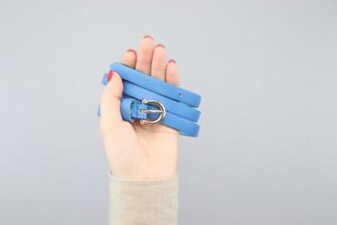 Аксессуары - Киев: Жіночий блакитний пасок     Довжина: 100 см  Стан дуже гарний