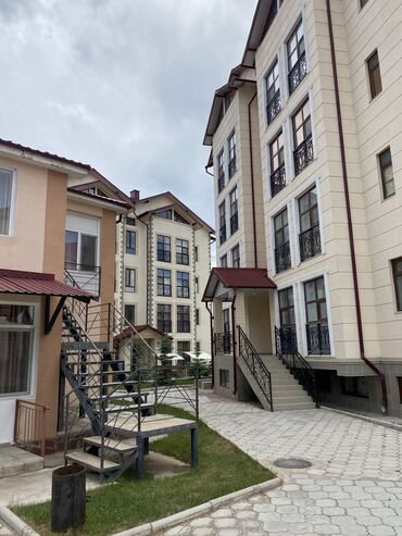 шумка авто цена в Кыргызстан: Уютная 2к.квартира в Кыргызском Взморье.(рядом с Vzmorie Deluxe)Чистая