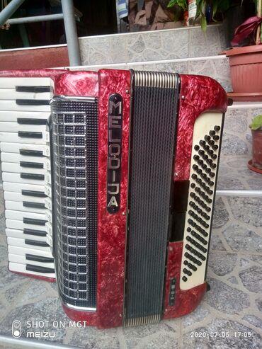 Harmonike | Srbija: Na prodaju xarmonika melodija 80basova 7+2reg u basu xarmonika je u is