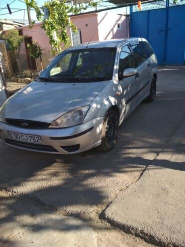 Ford Kürdəmirda: Ford Focus 1.6 l. 2004 | 35898869 km