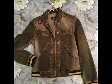 Куртка джинсовая (размер S),500 сом. Юбка в Бишкек