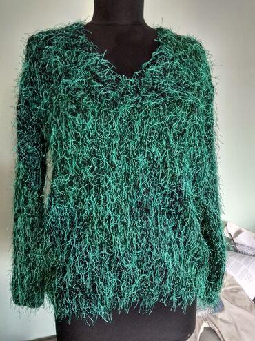 Zenski konfekcijski - Srbija: Neobicna vunica daje poseban izgled veoma je prijatan i meko strika