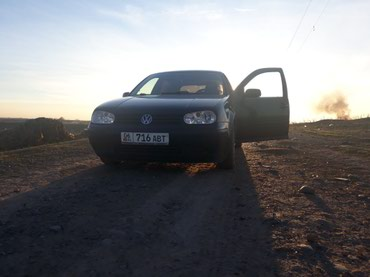 Автомобили - Джалал-Абад: Volkswagen Golf 1.6 л. 2003   268523 км