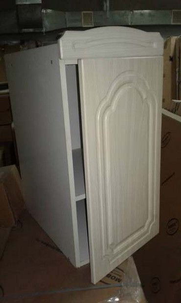 Шкафчик б/у с одной полкой, размер 40 см в Бишкек