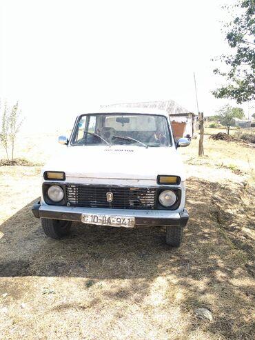 İşlənmiş Avtomobillər Yardımlıda: VAZ (LADA) 4x4 Niva 1.6 l. 1990 | 57114 km