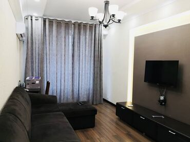 Долгосрочная аренда квартир - 2 комнаты - Бишкек: 2 комнаты, 85 кв. м С мебелью