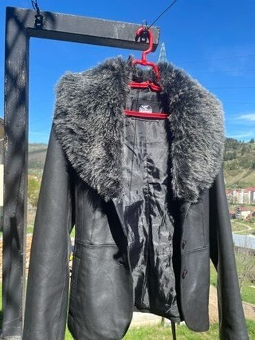 Velic da - Srbija: Zenska kozna jakna Fratteli od telece kozePotpuno nova, nijednom