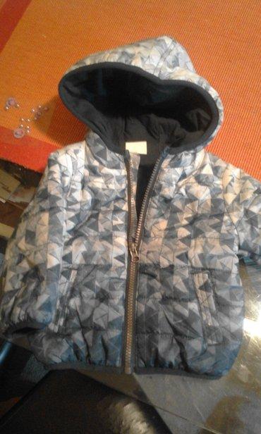 Decija jakna ( za decake) vel. 68Nehodajuce cizmice,jednom