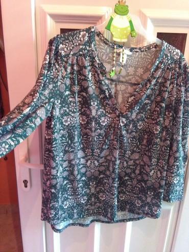 Bluze zavkrupnije dame ,zelena I  plava,rastezljiv materija - Sombor