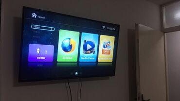 Crvena svecana haljina - Srbija: 100×150 cm smart tv in brand new condition . 2 HDMI plug in and