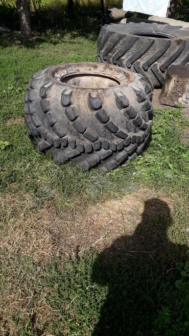 Продаю грязевые колеса безкамерка на зил, газ 66. 4 штуки. цена за