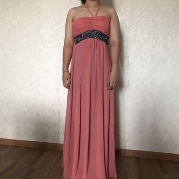 вечерние платья в греческом стиле в Кыргызстан: Продаю платье в греческом стиле Цвет коралловыйРазмер SТкань