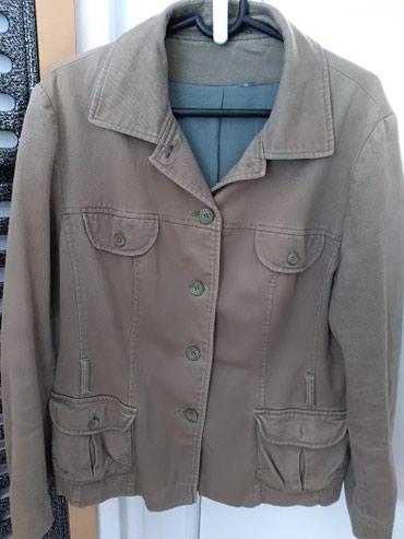 Prelep keper zenski sako jakna. Boja maslinasto bez siva. Ocuvan. Fali - Prijepolje