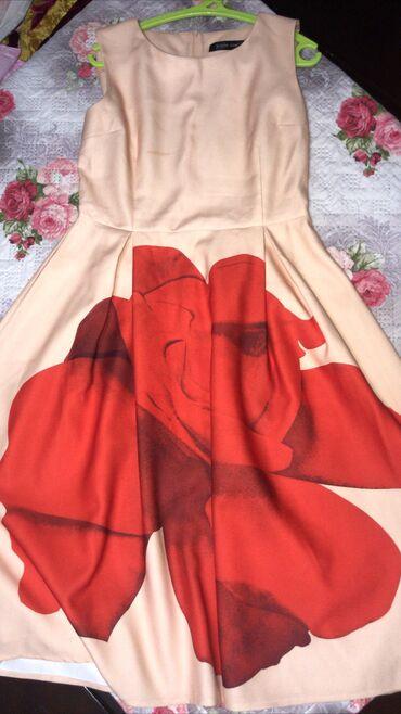 вечернее платье из франции в Кыргызстан: Безумно красивое платье французской длинывсего за 650 сом,надевалось