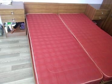 Продаётся две кровати, размер кровати  с тумбочками