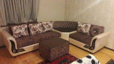 Bakı şəhərində qehveyi reng bu divanimiz her eve uygundur.kunc hisesi jurnalni kimi i