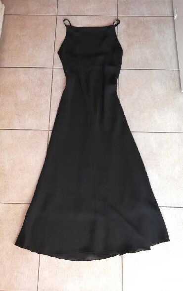 Haljina-marke - Srbija: Nova svečana maxy haljina. Marke ICE. Prati liniju tela. Veličina M
