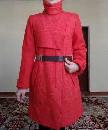 продам лайку в Кыргызстан: Продам корейский пальто новый зимний размер 42.44 цена договорная