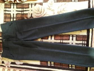 женские брюки классика в Кыргызстан: Брюки женские классика размер xxxl 300 сом.хорош.сост