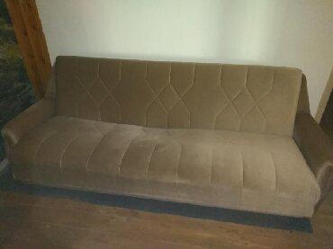Nameštaj - Sid: Kauč očuvan na rasklapanje. Dimenzija du?20m. Kad se rasklopiti za spa