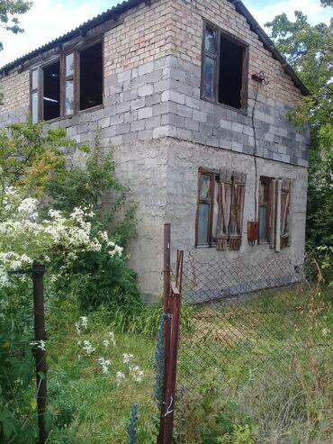 продам дом селе в Кыргызстан: Продам Дом 70 кв. м, 4 комнаты