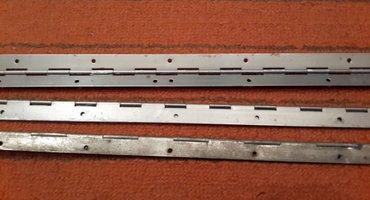 Рояльные петли, одна 147 см, и две штуки по 97 см.   в Бишкек