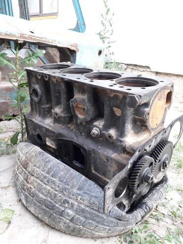 Транспорт - Каирма: Продаю блок на мтз 82 80 блок д243 Трещины есть где гильзы три трещины