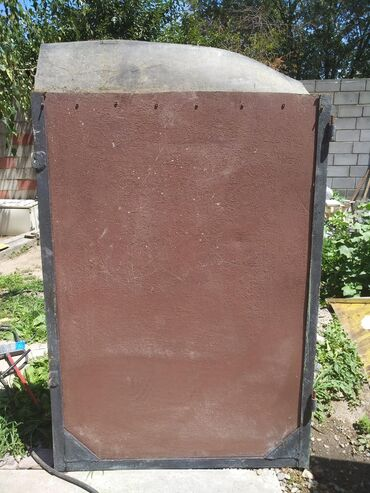Продаю ворота от гаража очень тяжёлые из толстого металла. Размер