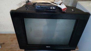 Vox tv zajedno sa ruterom super stanje...nalazi se u Bukovcu.. - Novi Sad