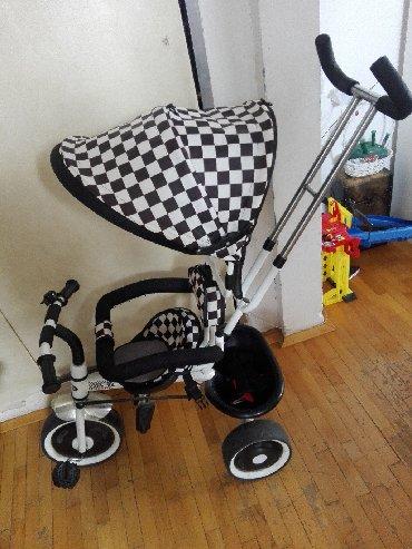 Tricikl za decu. Chipolino
