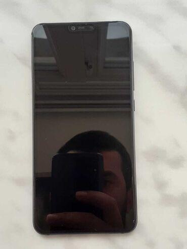 Электроника в Гусар: Б/у Xiaomi Mi 8 Lite 128 ГБ Черный