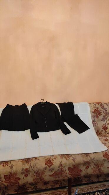 11188 объявлений: Школьная форма на девочку на 3-4 класса, тройка новая на черного цвета