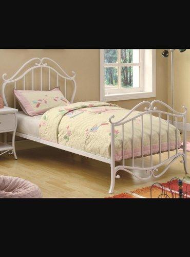 продается две кровати для девочек с матрасем. покупали совсем недавно, в Бишкек