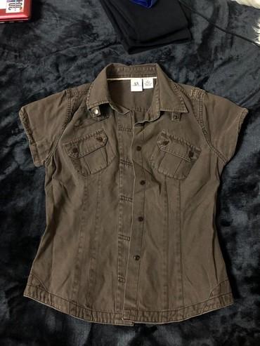 Женская одежда в Тамчы: Рубашка на девочку,размер s,состояние отличное,200 сом