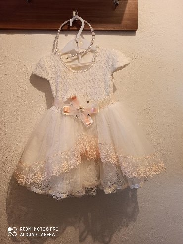 Детские платья в Кыргызстан: Шикарное, пышное платье для принцесс 1-2лет. При покупке ободок в пода