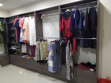 Продаю мебель для магазина одежды