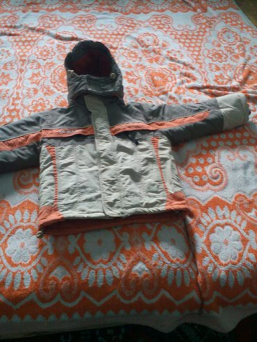 Куртка на мальчика 4-6 лет состояние средние, но очень теплая в Бишкек