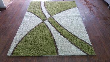 Kuća i bašta - Surdulica: Prelep tepih 230x160 cmveoma kvalitetan, pun gust tepih, lak za