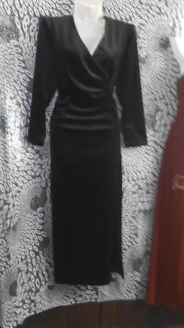 Платье чёрный велюр б/у, размер в Бишкек