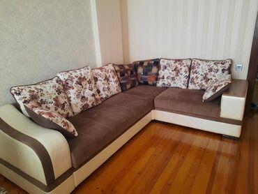 6524 elan | DIVANLAR: Kunc divan 400₼ satilir. Acilir amma baza yoxdu. 220/280sm olcusudu