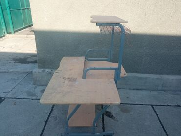 Электроника - Чат Кёль: Продаю компьютерный столик!