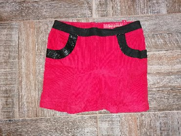 Crvena somotna suknja, vel. 36 - Leskovac