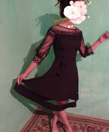 коктейльные платья на одно плечо в Кыргызстан: Красивое платье из ткани Барби сетка. На молнии