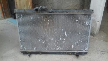 Радиатор на Toyota Mark II старый кузова в Ананьево
