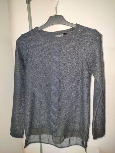 sako crne boje u Srbija: Tunika,džempersa malim cirkončićimakoji su crne boje i svetlucaju
