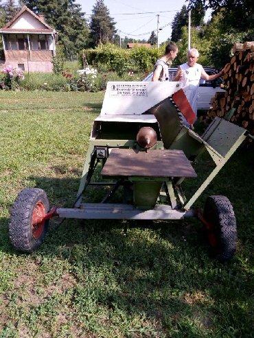 Ostalo | Pancevo: Mašina za sečenje i cepanje drva iz švajcarske. U odličnom stanju. Tel